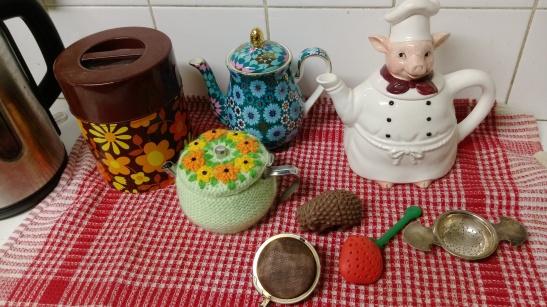 teapots, tea infusers